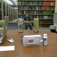 Photo prise au Howard-Tilton Memorial Library - Tulane University par Sam L. le9/27/2011
