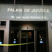 Photo taken at Palais de justice de Montréal by Dan on 6/1/2012