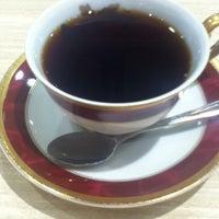 Photo taken at CAFFE CALMO by Yutaka H. on 7/2/2012