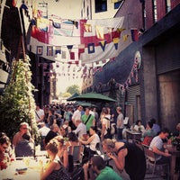 Photo prise au Maltby Street Market par Paul L. le9/8/2012