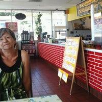 Photo taken at Fair Oaks Burger by Ismael P. on 7/9/2012