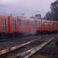 Photo taken at Talleres zaragoza del sistema de transporte colectivo METRO by Alberto A. on 7/4/2012