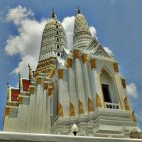 Photo taken at Wat Phichaiyatikaram by Ping S. on 5/28/2012