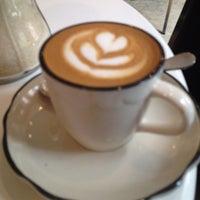 Снимок сделан в Everyman Espresso пользователем Jeff F. 7/27/2012