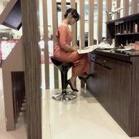 Photo taken at Garuda Indonesia Executive Lounge by Syamsul Bahri L. on 2/3/2012