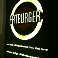 Photo taken at Fatburger by Leianne Kindred P. on 3/17/2012