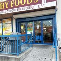 Photo taken at Organic Deli & Healthy Foods by Jose L. on 8/8/2012