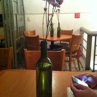 Photo taken at SPOONY by Marifer V. on 5/12/2012