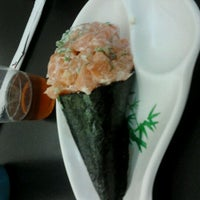 Photo taken at Hand Roll Temakeria by Ciro C. on 5/23/2012