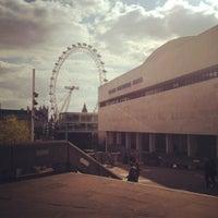 5/13/2012 tarihinde Kaew W.ziyaretçi tarafından Royal Festival Hall'de çekilen fotoğraf