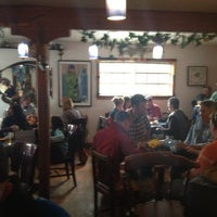7/11/2012 tarihinde Rick M.ziyaretçi tarafından Cafe Cups'de çekilen fotoğraf