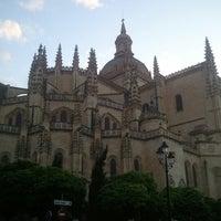 Photo taken at Catedral de Segovia by Oscar V. on 6/7/2012
