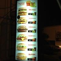 Foto tirada no(a) McDonald's por Carlos Eduardo S. em 6/12/2012