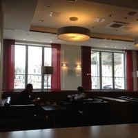 Снимок сделан в Tatlin Bar пользователем Luda M. 4/20/2012