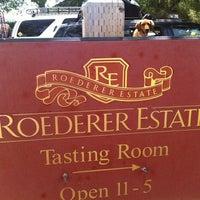 5/21/2012 tarihinde Lulu B.ziyaretçi tarafından Roederer Estate'de çekilen fotoğraf