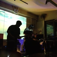 Foto tomada en Blackbird por Maggie M. el 6/16/2012