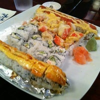 Photo prise au Carolina Sushi & Roll par Yung H. le8/3/2012