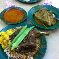 Photo taken at Restoran Nasi Kandar Deen by David . on 4/29/2012