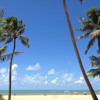 Foto tirada no(a) Praia de Tambaú por Ana Paula D. em 4/16/2012