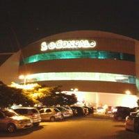 Foto tirada no(a) São Gonçalo Shopping por Tom S. em 5/30/2012