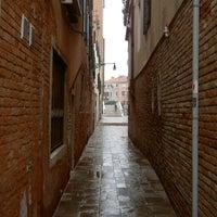 Foto scattata a Sartoria Veneta da Kyvin S. il 4/2/2012