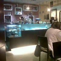Foto tirada no(a) Puro Caffe por Cris M. em 2/3/2012