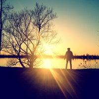 Das Foto wurde bei Quai du lac des battures von Martin R. am 3/31/2012 aufgenommen