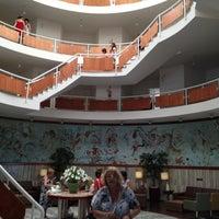 Foto tirada no(a) Hotel Marambaia por Filipe F. em 3/2/2012