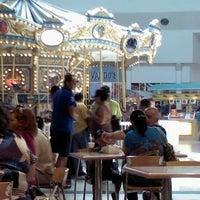 Foto tomada en Plaza El Patio por Ricardo L. el 8/19/2012