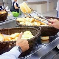 Foto tirada no(a) Refeitório por Guta T. em 3/14/2012