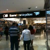 Photo taken at Saraiva Megastore by Darlan M. on 8/18/2012