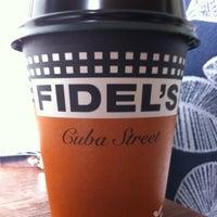 รูปภาพถ่ายที่ Fidel's Cafe โดย Phillip R. เมื่อ 4/1/2012