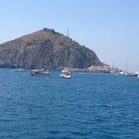 Foto scattata a Spiaggia di Sant'Angelo da Carlo S. il 8/15/2012