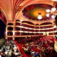 Das Foto wurde bei Teatro Municipal de Santiago von Leo P. am 5/23/2012 aufgenommen