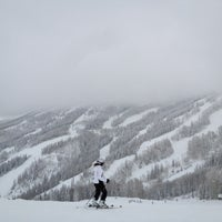 Foto tomada en Steamboat Resort  por Michael D. el 2/20/2012