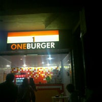 Photo taken at One Burger by Dicas d. on 4/15/2012