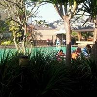 Photo taken at Villa Setiabudi by Aditya A. on 5/19/2012