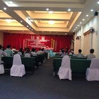 Photo taken at Teak Garden Villa And Spa Chiang Rai by Mookaing C. on 5/25/2012