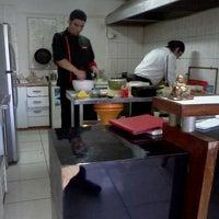 5/18/2012 tarihinde Rodrigo F.ziyaretçi tarafından Muteki Sushi'de çekilen fotoğraf