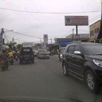 Photo taken at Jl.Raya Jatiwaringin by R@ms3s T. on 12/10/2011