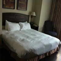 Foto tirada no(a) The Grand Hotel & Suites Toronto por Marco M. em 8/17/2011