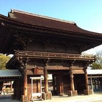 Photo taken at 国府宮神社 (尾張大國霊神社) by bamboo b. on 11/19/2011
