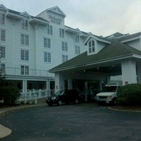 Photo taken at Embassy Suites by Hilton Pittsburgh International Airport by Roger H. on 10/19/2011
