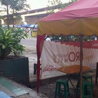 Photo taken at Komplek Ruko ibis mangga dua by Satya Budhi P. on 9/24/2011