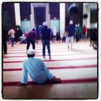 Photo taken at Masjid Al Najihin (مسجد الناجيهين) by Muhammad N. on 2/12/2012