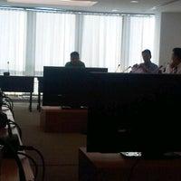 12/1/2011 tarihinde Capt.Eddieziyaretçi tarafından Bangkok Room (17F)'de çekilen fotoğraf