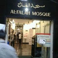 Снимок сделан в Al-Falah Mosque пользователем Restu K. 1/12/2012