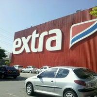 Photo taken at Extra Hiper by Matheus M. on 3/9/2012