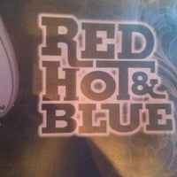 Photo taken at Red Hot & Blue  -  Barbecue, Burgers & Blues by Michael S. on 10/15/2011