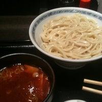 Photo taken at 三ツ矢堂製麺 武蔵小山店 by Masaaki I. on 11/25/2011